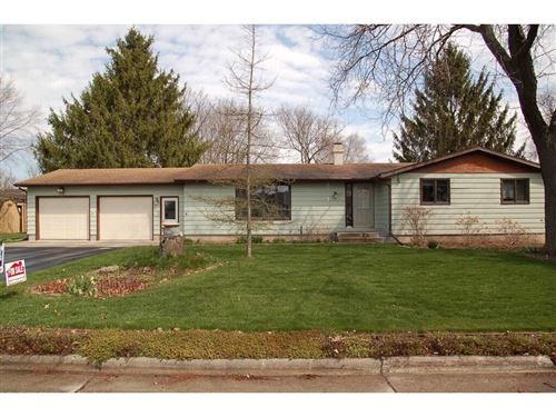 Photo of 1207 10th St, Baraboo, WI 53913 (MLS # 1879576)