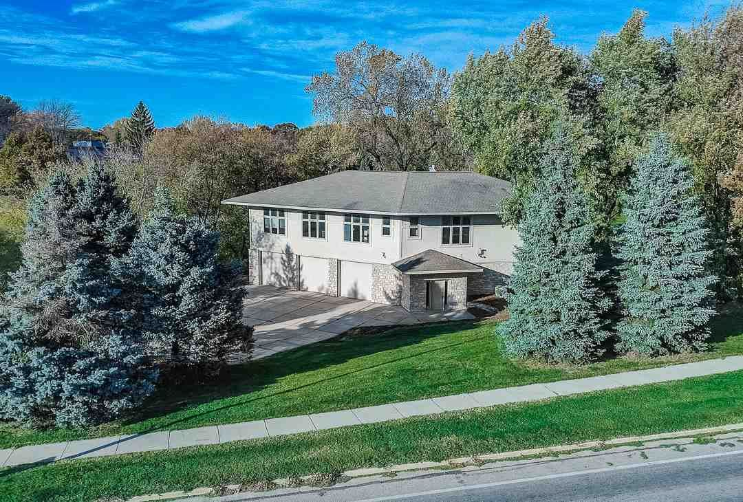 5528 McKee Rd, Fitchburg, WI 53711 - #: 1898576