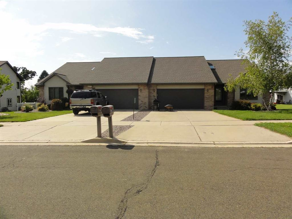 Photo for 6875 & 6879 REMBRANDT RD, Windsor, WI 53598 (MLS # 1854579)