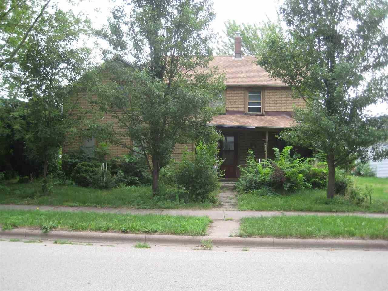 532 N Michigan St, Prairie du Chien, WI 53821 - #: 1914583