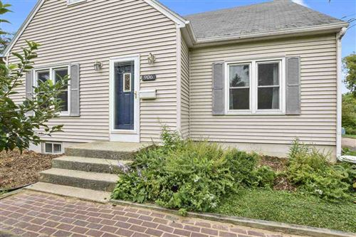 Photo of 906 N Fair Oaks Ave, Madison, WI 53714 (MLS # 1893591)