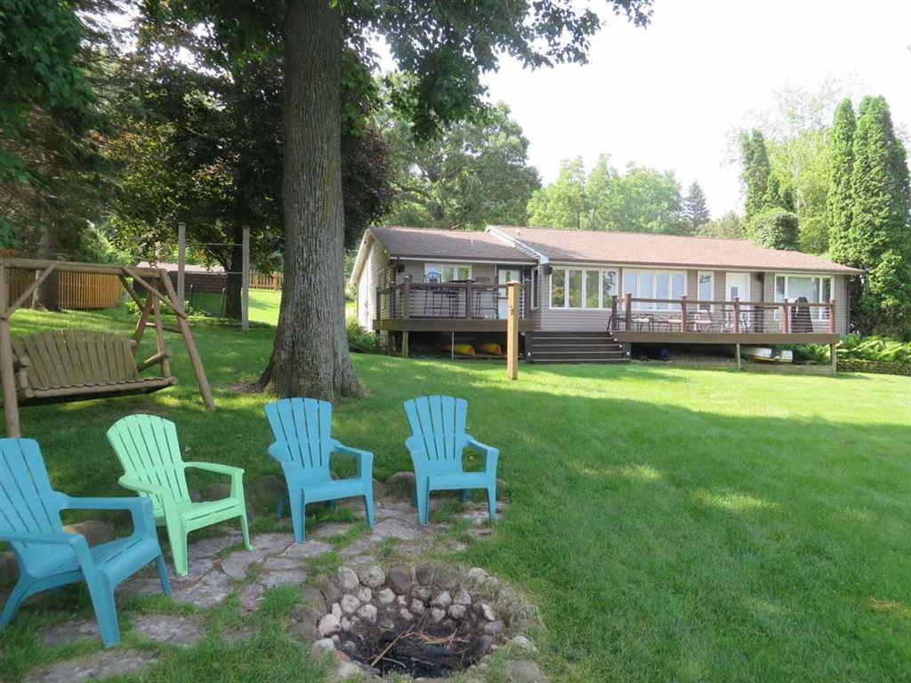 W1280 Spring Grove Rd, Green Lake, WI 54941 - #: 1862593
