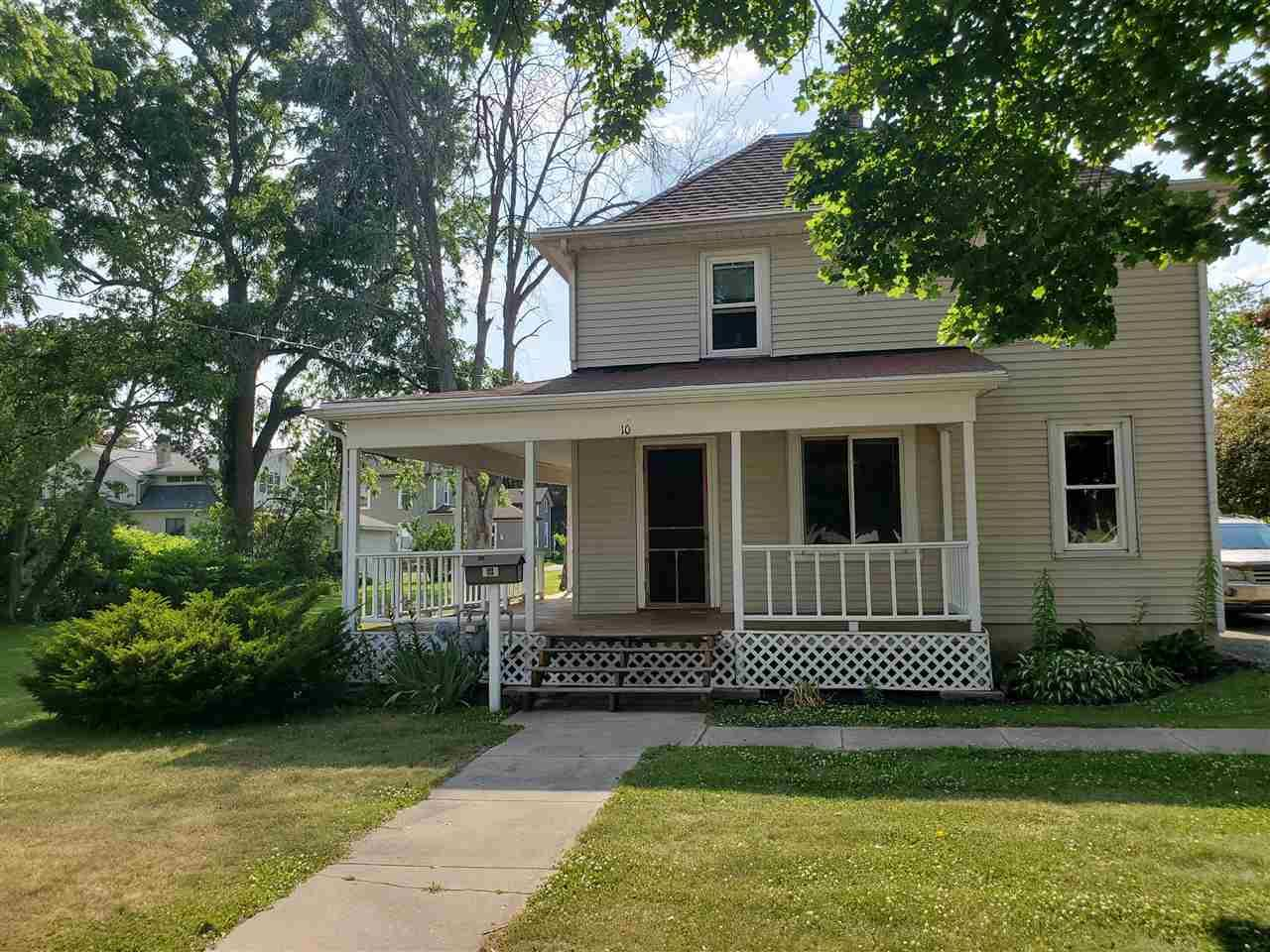 f_1911593 Real Estate in 53534 zip code