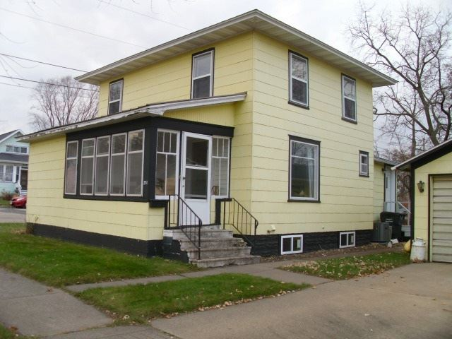 211 W Brownell St, Tomah, WI 54660 - #: 1897594