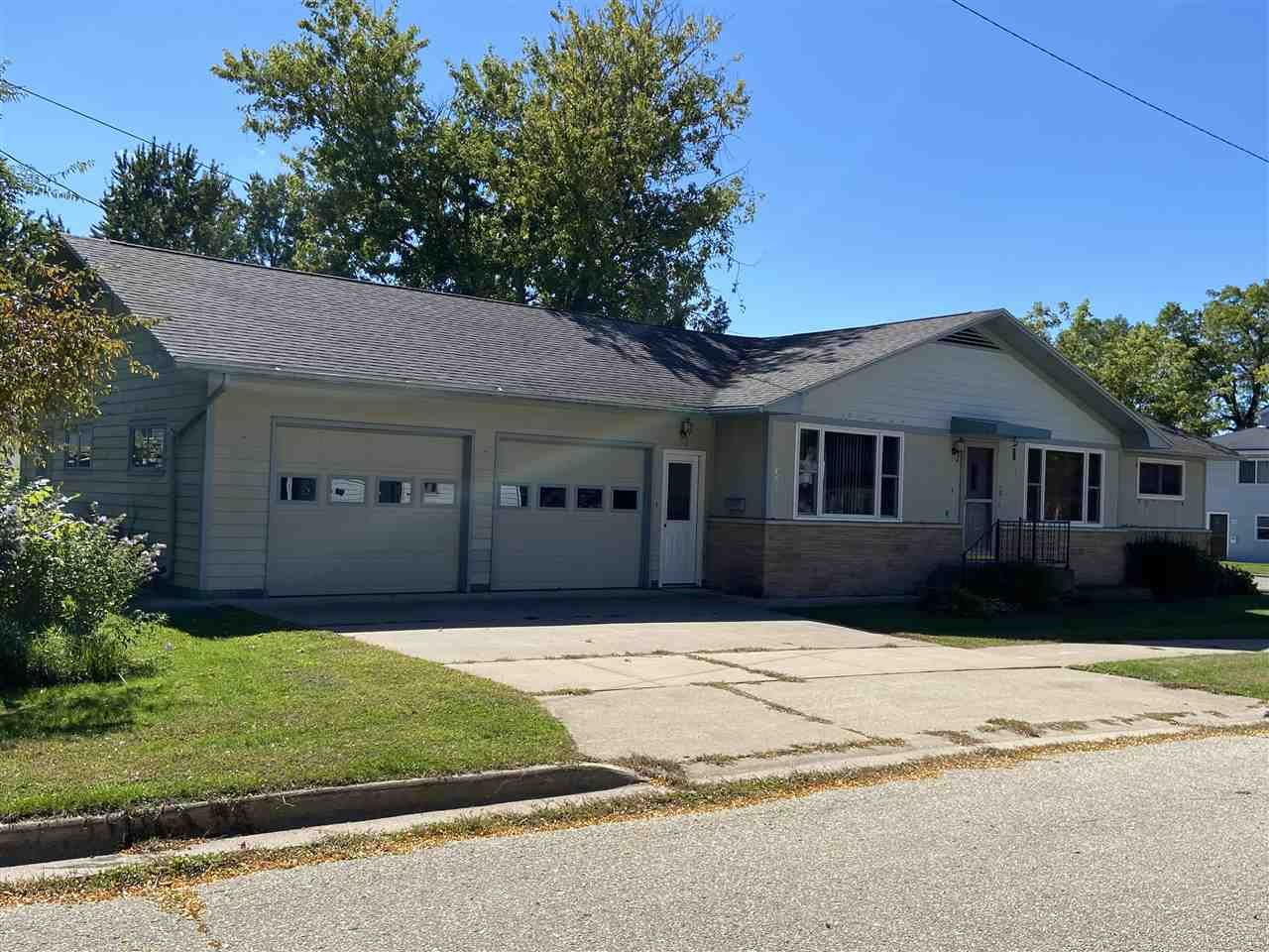 320 W Holton St, Tomah, WI 54660 - #: 1893596