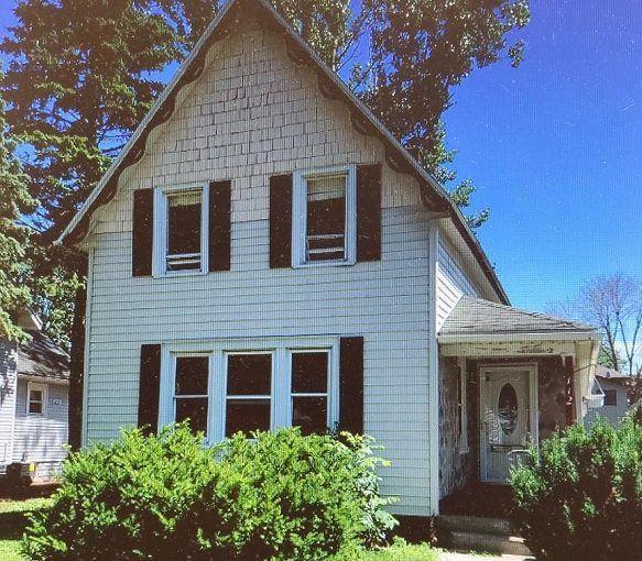 112 E Carroll St, Portage, WI 53901 - #: 1888597