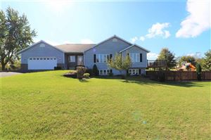 Photo of N6928 Donlin Dr, Pardeeville, WI 53954 (MLS # 1870598)