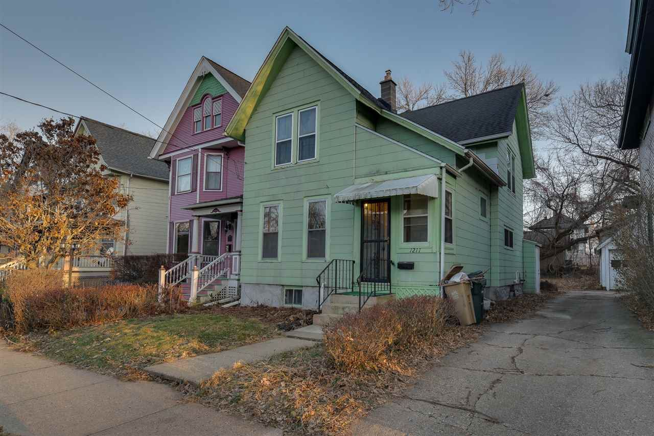 1211 Spaight St, Madison, WI 53703-3748 - #: 1873598