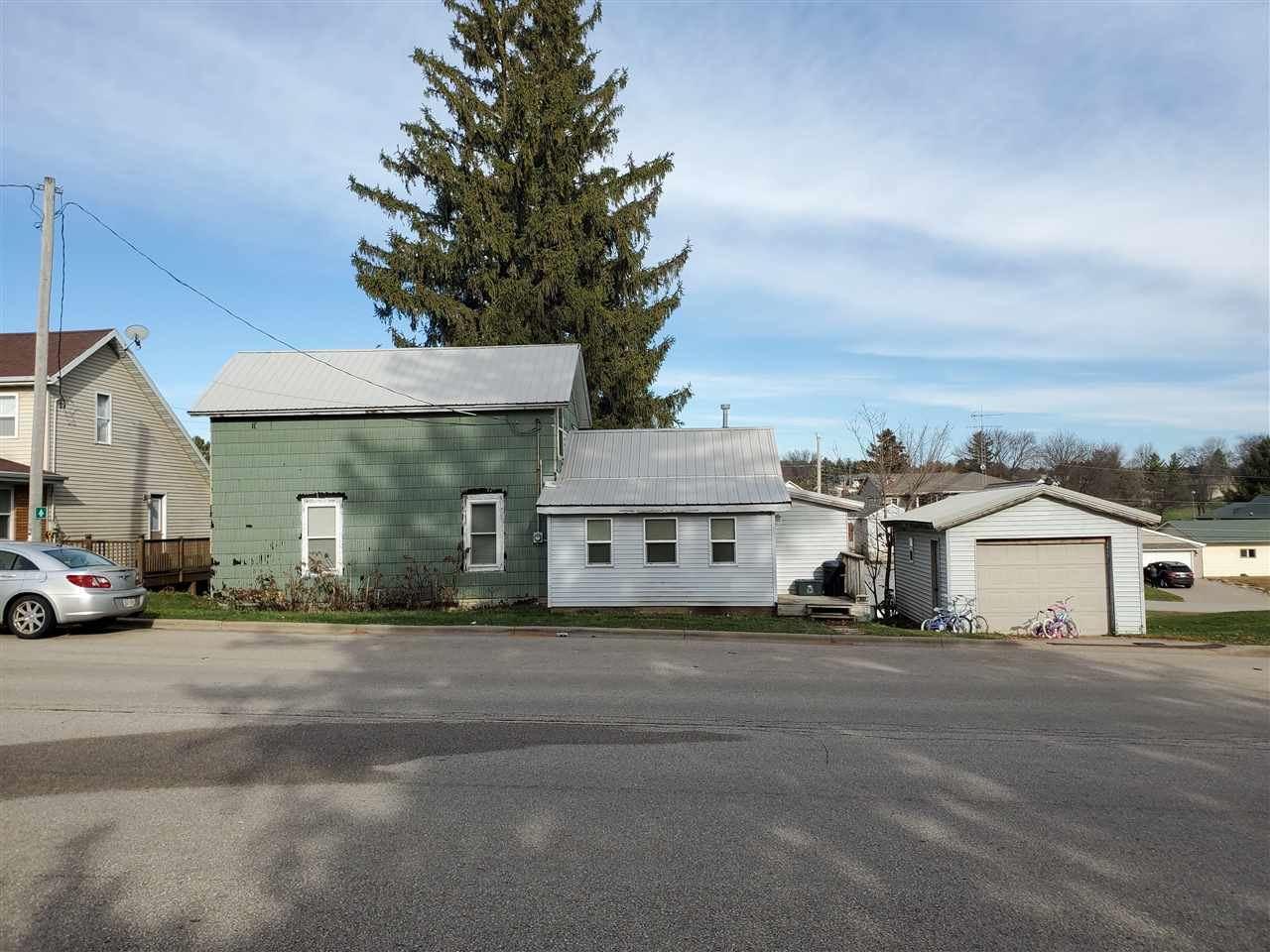 3692 County Road HHH, Kieler, WI 53812 - #: 1898604
