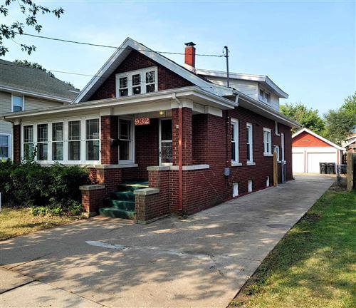 Photo of 932 Hackett St, Beloit, WI 53511 (MLS # 1918607)