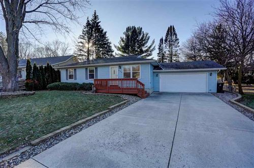 Photo of 420 W Lincoln Dr, DeForest, WI 53532 (MLS # 1873609)