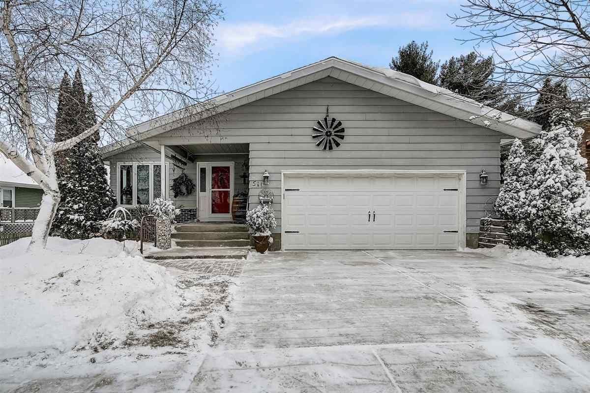 511 Silver Lake Dr, Portage, WI 53901 - #: 1902609