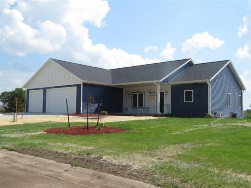 Photo of 204 O'Connell St, Fox Lake, WI 53933-0000 (MLS # 1905611)