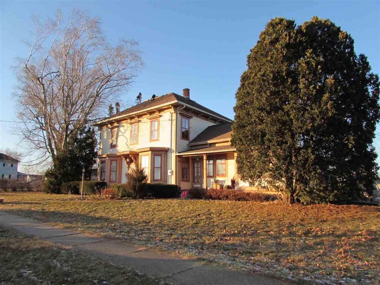 508 E Lincoln Ave, Lancaster, WI 53813 - #: 1873611