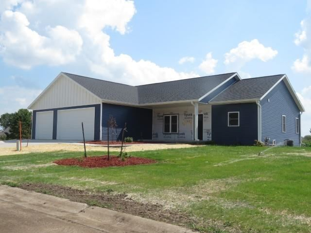 204 O\'Connell St, Fox Lake, WI 53933-0000 - #: 1905611