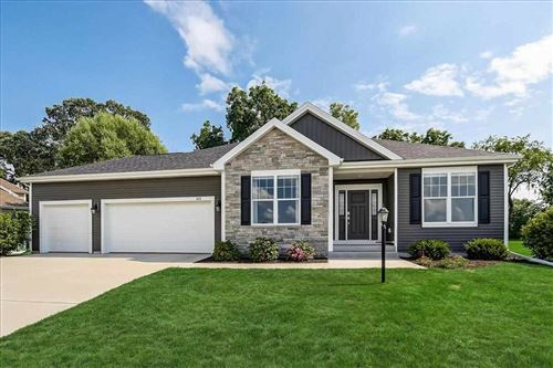 Photo of 408 LIMERICK DR, Cottage Grove, WI 53527 (MLS # 1914613)