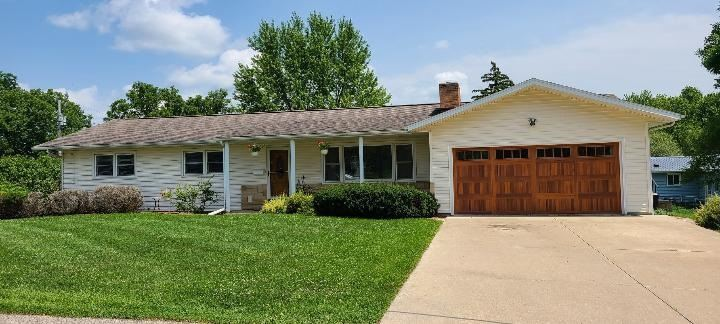501 Silver St, Mineral Point, WI 53565 - #: 1915614