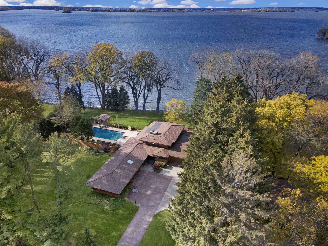 1216 Lake Shore Dr, Beaver Dam, WI 53916 - #: 1893615