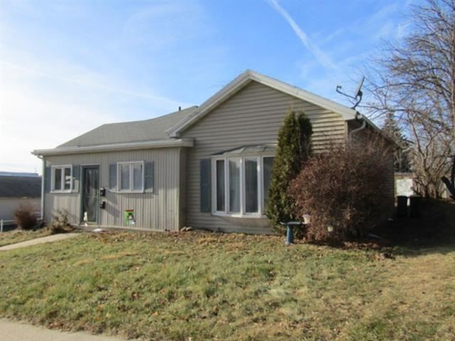 1113-1115 15th Ave, Monroe, WI 53566 - #: 1897618