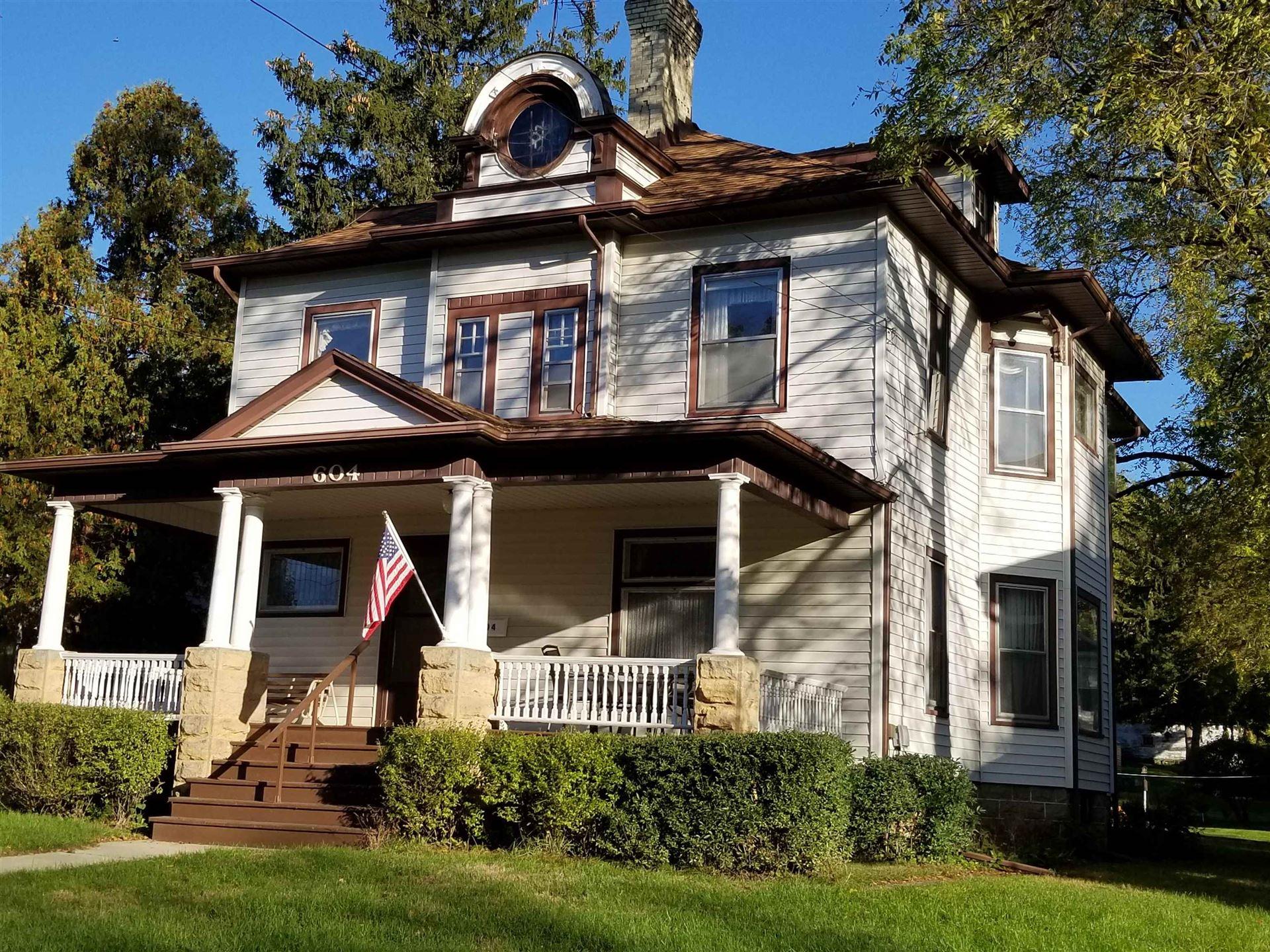604 Washington St, Edgerton, WI 53534 - #: 1921618