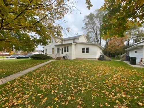 Photo of 332 Maple St, Baraboo, WI 53913 (MLS # 1871624)