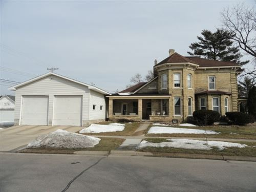 Photo of 429 W Cook St, Portage, WI 53901 (MLS # 1903625)