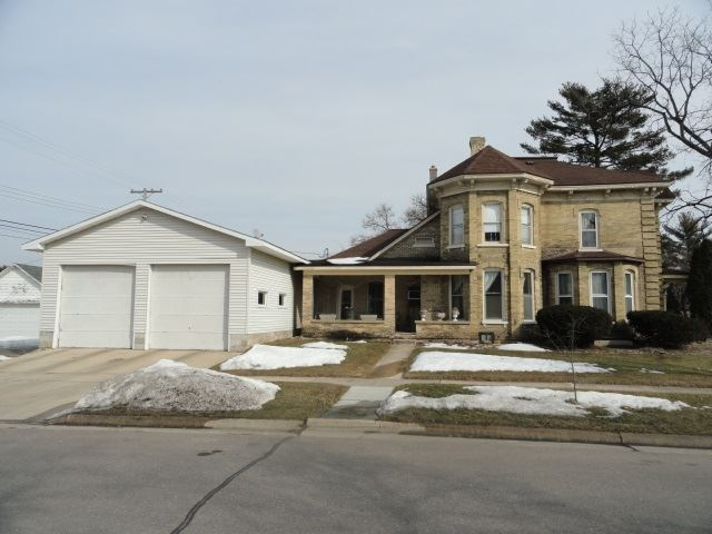 429 W Cook St, Portage, WI 53901 - #: 1903625