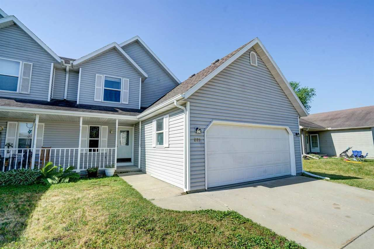 221 Division St, Brooklyn, WI 53521 - #: 1911625