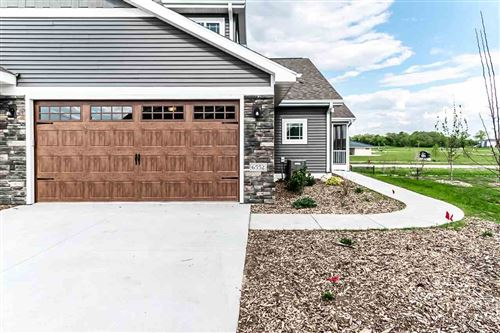 Photo of 6552 Cortland Park Dr, Deforest, WI 53532 (MLS # 1874628)