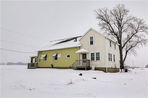 Photo of 3429 County Road W, Deerfield, WI 53531 (MLS # 1875629)