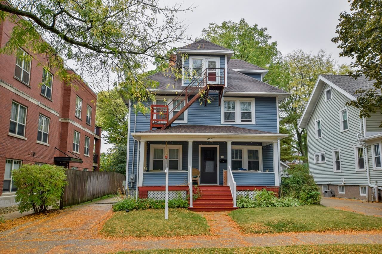 Photo for 258 Division St, Madison, WI 53704 (MLS # 1921630)