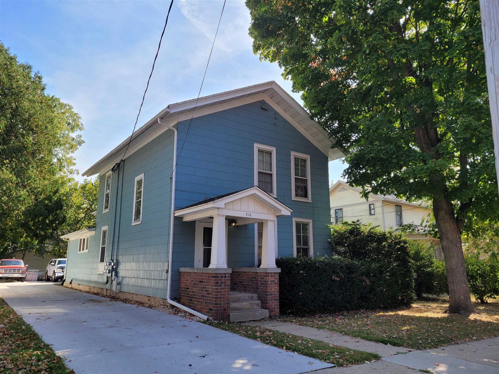 216 N Washington St, Janesville, WI 53545 - #: 1921634