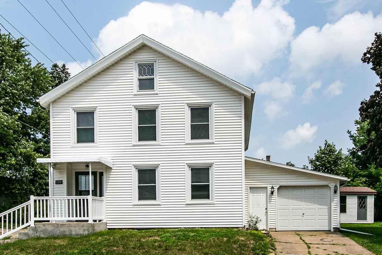 100 E Furnace St, Platteville, WI 53818 - #: 1915635