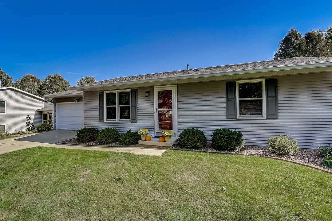 6 Sage Cir, Madison, WI 53704 - #: 1894641