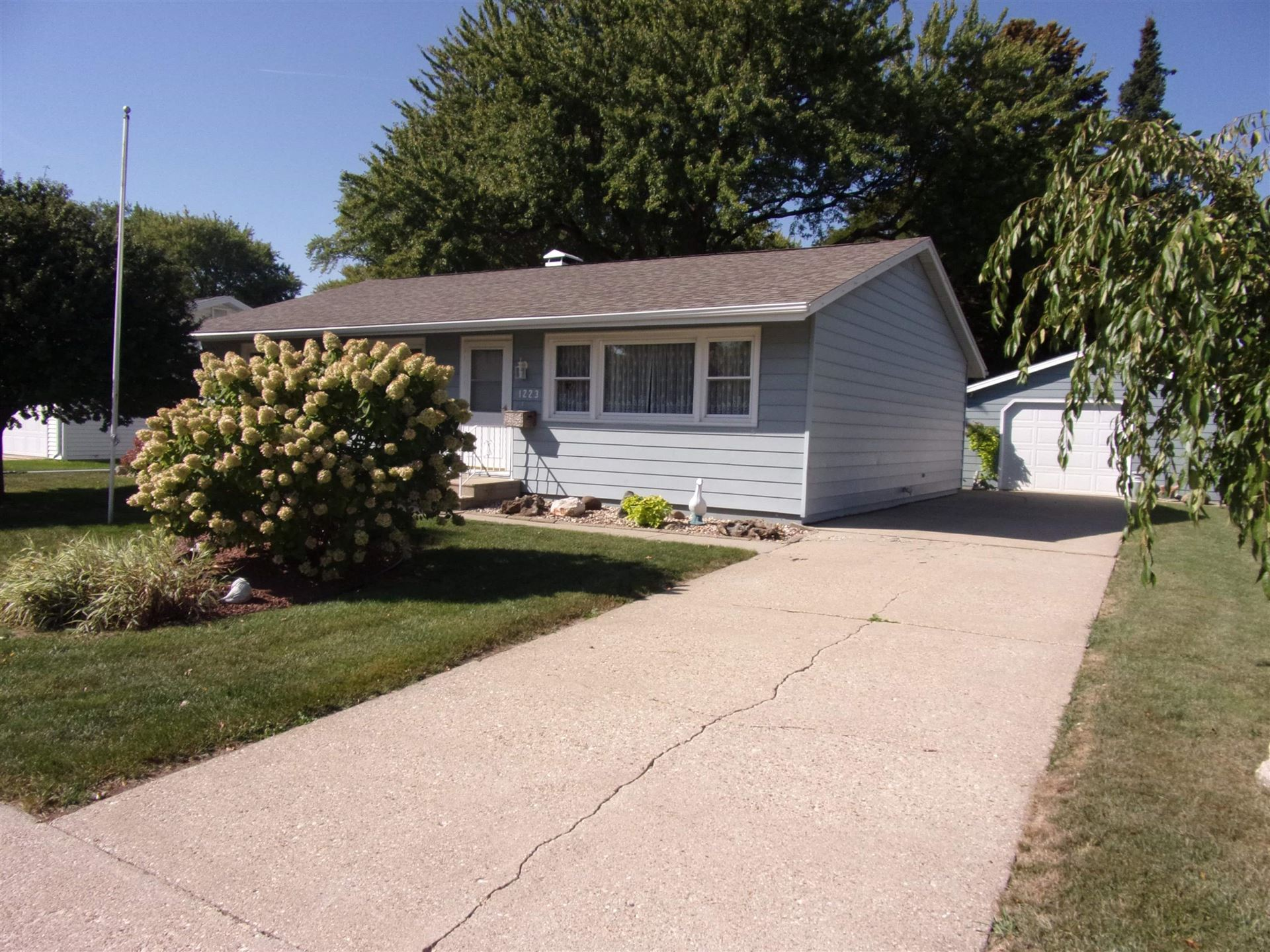 1223 Mayfair Dr, Janesville, WI 53545 - #: 1920641