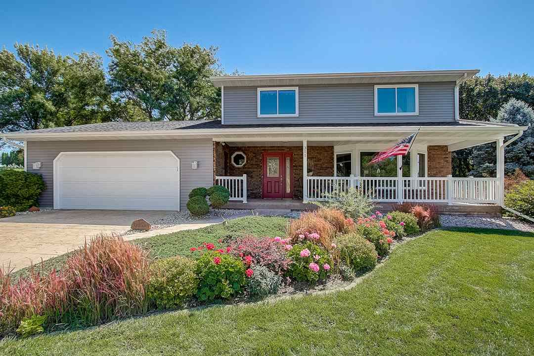 311 Golf View, Mount Horeb, WI 53572 - #: 1892642