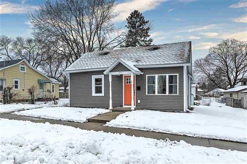 Photo of 803 W Franklin St, Portage, WI 53901 (MLS # 1900646)