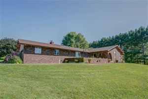 Photo of 4870 Town Hall Dr, Cottage Grove, WI 53527 (MLS # 1866648)