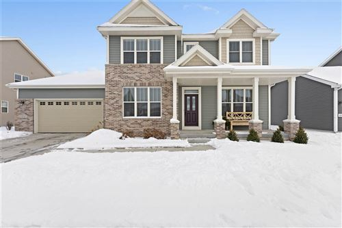 Photo for 4527 Red Barn Run, McFarland, WI 53558 (MLS # 1877648)