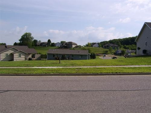 Photo of 4018 Red Hawk Run, Black Earth, WI 53515 (MLS # 1889648)