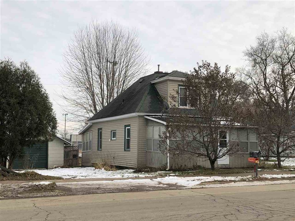 406 East St, Blue River, WI 53518 - #: 1872651