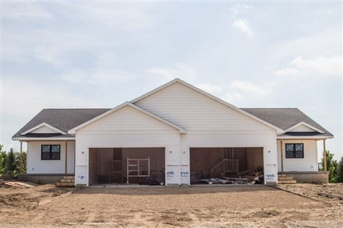 Photo of 554 Stonewood Ct, Evansville, WI 53536 (MLS # 1869656)