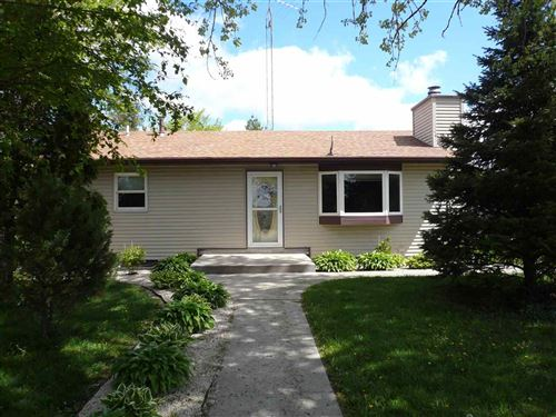 Photo of 8333 E Hwy 14, Janesville, WI 53546-9737 (MLS # 1908656)
