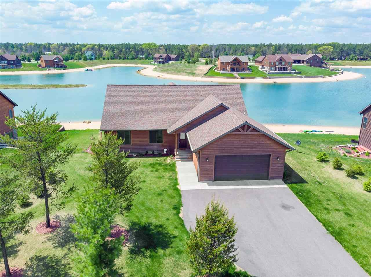 W5614 Island Lake Dr, New Lisbon, WI 53950 - #: 1903657