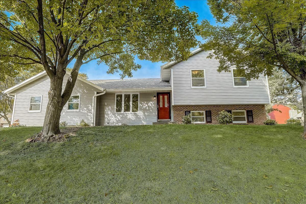 7802 W Oakbrook Cir, Madison, WI 53717 - #: 1919658
