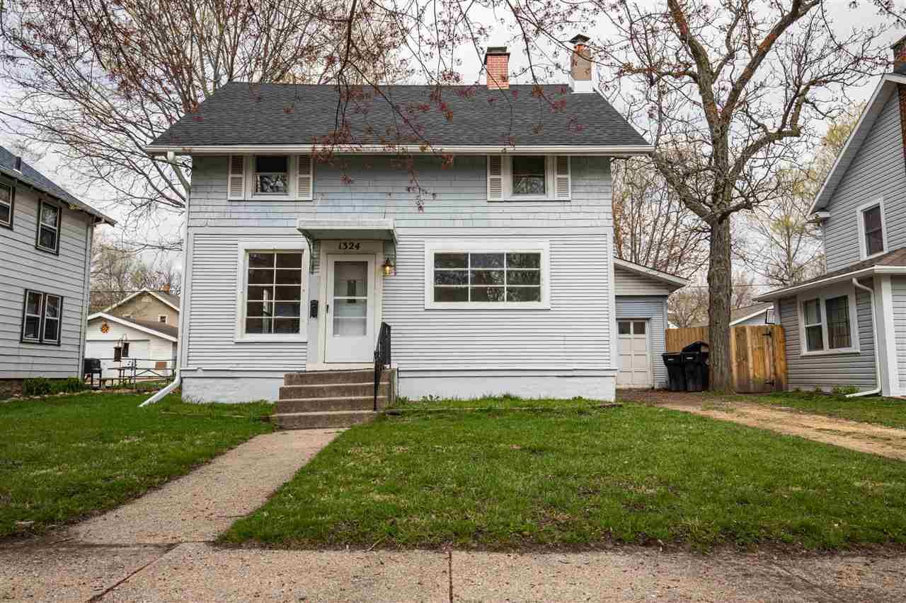 1324 Central Ave, Beloit, WI 53511 - #: 1906661