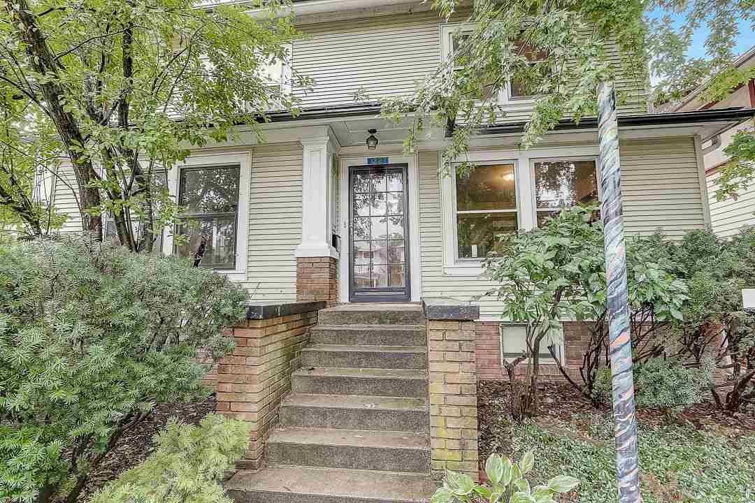 1227 Rutledge St, Madison, WI 53703 - #: 1890662