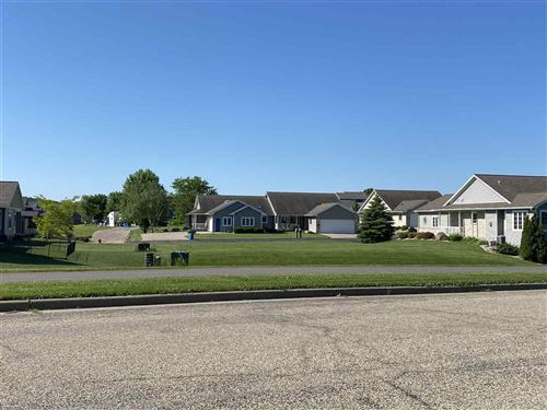 Photo of 309-311 Pebble Brook Ln, Lodi, WI 53555 (MLS # 1878664)