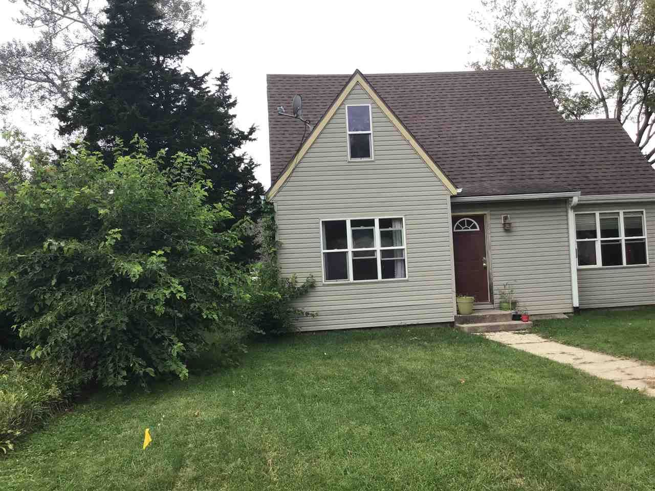 1334 Center Ave, Janesville, WI 53546 - #: 1894669