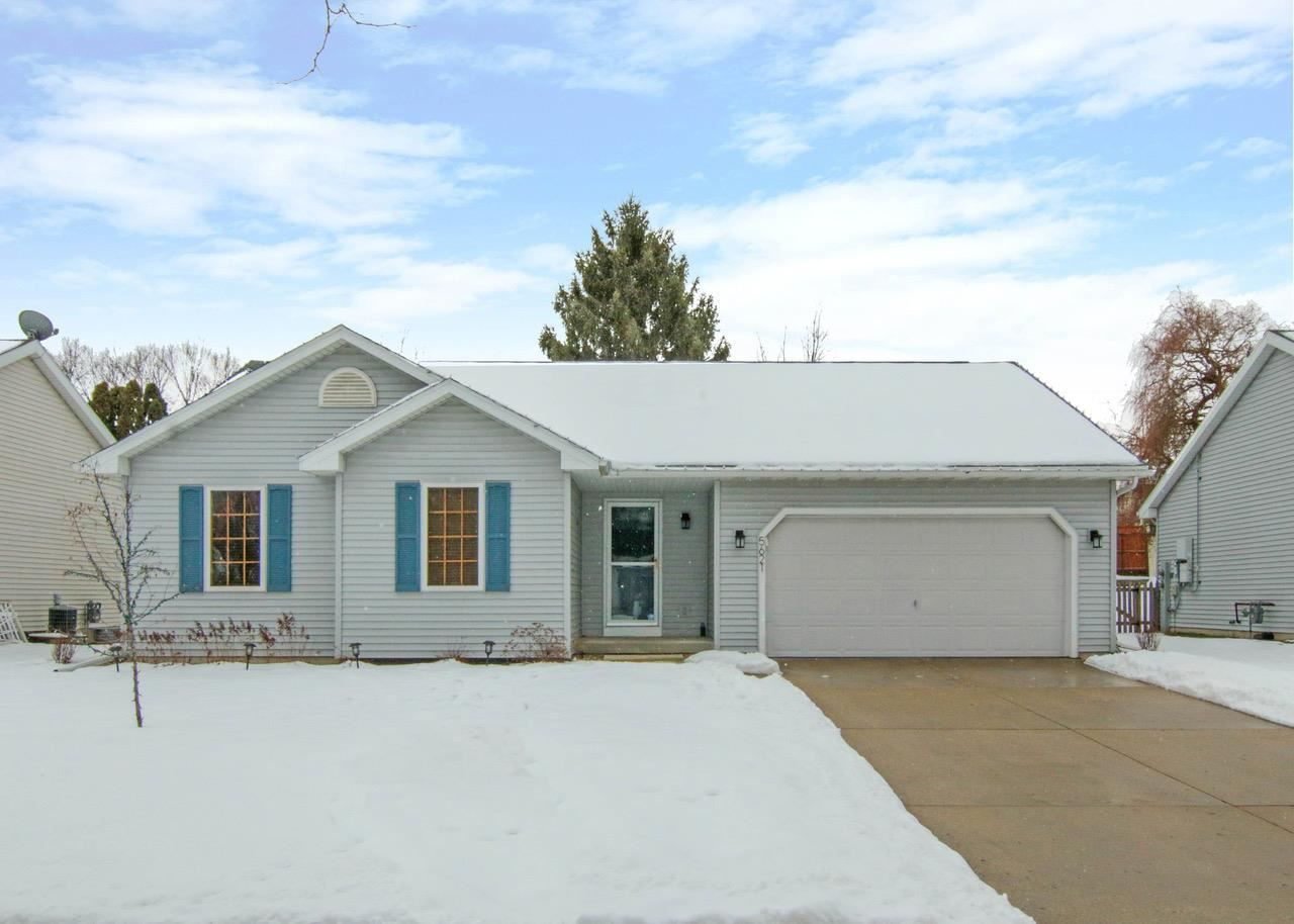 5621 Sandpiper Ln, Madison, WI 53716 - MLS#: 1900672